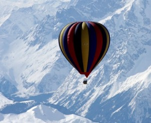balloon-expedition-over-mt-everest