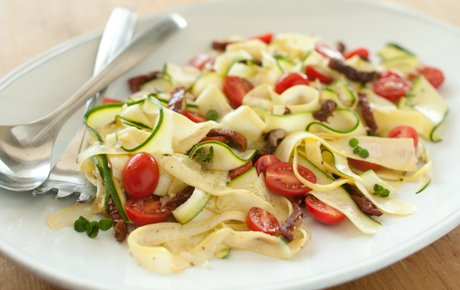 Raw Vegetable pasta with Tomatoes and herbs