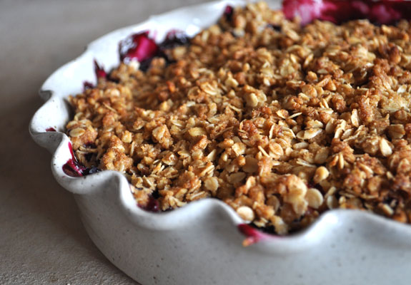 How to make a fruit crisp without a recipe