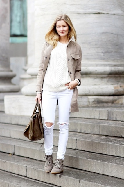 white-jeans-with -cream