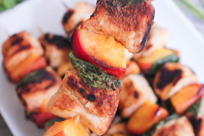 Sriracha-glazed-grilled-chicken-skewers-with-peaches-and-basil-3