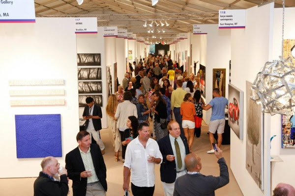 Thousands of A-listers Dazzled by Vast Selection of Contemporary Fine Art Sets High Tone for July 4th Weekend