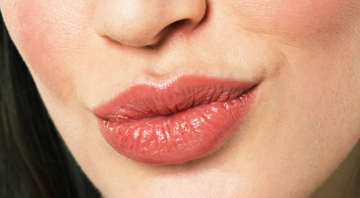 Lip Obsessed? 4 Tips for Luscious Lips