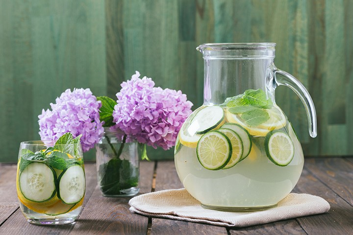 Start Your Day With Delicious Detox Water