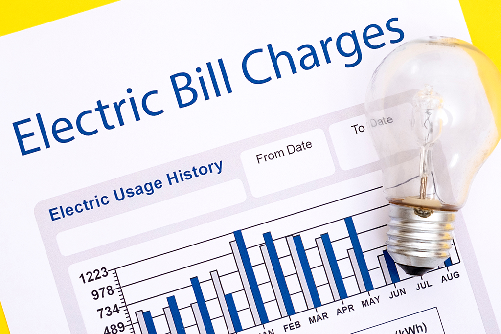 How Much Does the Average Electric Bill Cost? | Moving.com